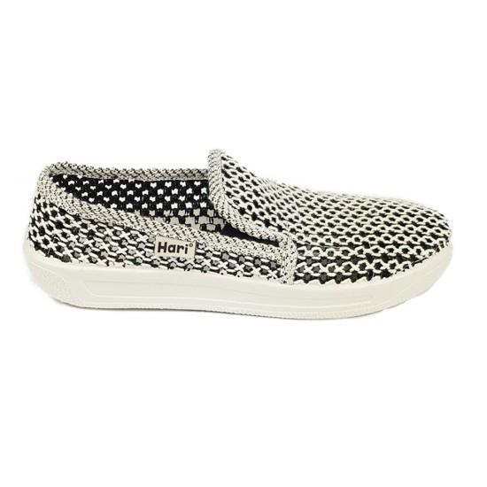 Плетени обувки с ластик